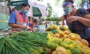 TP HCM: Người dânvùng xanh quận 5 được đi chợ dã chiến