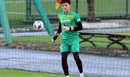 Thủ thành Văn Hoàng nói gì về cơ hội trước hai đàn anh ở đội tuyển Việt Nam?