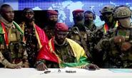 Đảo chính ở Guinea: Số phận của tổng thống vẫn chưa rõ