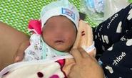 Trẻ sơ sinh 3 ngày tuổi bị bỏ rơi dưới chân núi