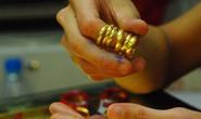 Vàng lậu nguy cơ tái xuất vì nhẫn tròn trơn