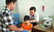 Khám bệnh cho con công nhân KCX Linh Trung 1