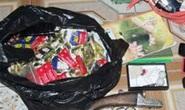 Tú ông tàng trữ 1.600 bao cao su để khách dùng dần