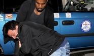 """Ca sĩ Kanye West đánh """"túi bụi"""" tay săn ảnh"""