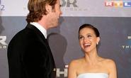 Natalie Portman cười không dứt trên thảm đỏ