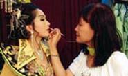 Nhà văn - đạo diễn Nguyễn Thị Minh Ngọc: Tôi luôn đi giữa hai bờ sương khói