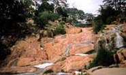 Hồ Than Thở, thác Cam Ly - vì đâu nên nỗi?