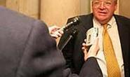 Chủ tịch Hạ viện Mỹ bị điều tra vì dính đến tham nhũng ?