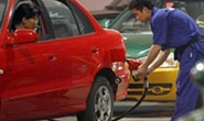 Trung Quốc: tiến hành tăng giá xăng dầu