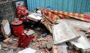 TP.HCM: Tường đổ đè trúng 3 người đang uống cà phê sáng
