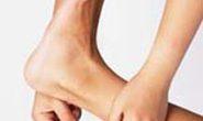 Nguyên nhân gây đau thường gặp ở tuổi trung niên