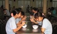 Chăm lo bữa ăn sáng cho công nhân