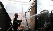 Cháy xưởng gỗ và cơ sở tái chế mousse