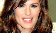 Jennifer Garner thoát khỏi fan cuồng