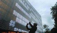 Tòa nhà bằng chai nhựa tái chế