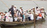 Phú Yên: Cầu sập, hiểm nguy từ đò ngang quá tải.