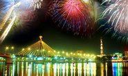 Du lịch miền Trung xem pháo hoa