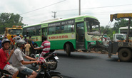 Đồng Nai: Xe buýt lật xuống suối, 21 người thương vong