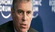Anh: Hoàng tử tai tiếng Andrew từ chức