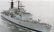 Libya: Tàu chiến Anh bị tấn công dữ dội