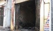 Cháy cửa hàng gas ở Hà Nội: Hai mẹ con chết thảm, 3 người bị thương