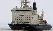 Nga: Cháy tàu phá băng hạt nhân, 2 người thiệt mạng