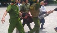 Ngáo đá, xông vào ĐH Quốc gia Hà Nội làm loạn