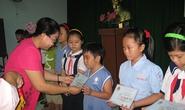Khen thưởng con CNVC-LĐ vượt khó, học giỏi