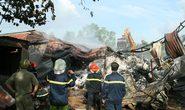 TPHCM: Chữa cháy bất lực, cơ sở sản xuất bông sợi bị thiêu rụi