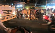 Chở nhau lạng lách trên đường, 1 sinh viên tử nạn