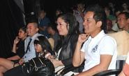 NSND Hồng Vân chọn gà cho sân khấu