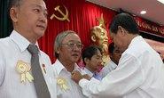 Trao huy hiệu Đảng cho 145 đảng viên