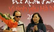 Nghệ sĩ guitar Văn Vượng nhận giải thưởng Lớn - Vì tình yêu Hà Nội