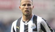 Newcastle tố Arsenal chơi bẩn trong phi vụ Cabaye