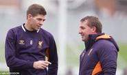 HLV Rodgers khuyên Gerrard từ giã tuyển Anh, tập trung cho CLB