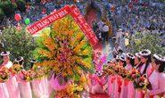 Hàng vạn Phật tử mừng Đại lễ Phật đản