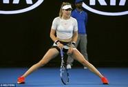 """Mỹ nhân quần vợt Bouchard diện bikini tím """"bỏng mắt"""""""