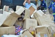 """Gần 50 tấn mỹ phẩm, bánh kẹo """"Made in USA"""" bị nghiền nát"""