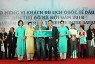 Vietnam Airlines đón du khách đầu tiên của năm 2018