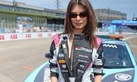 Người mẫu đầu tiên tham gia cuộc đua Berlin E-Prix