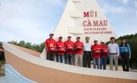 Một triệu lá cờ Tổ quốc cùng ngư dân bám biển: Nên đưa chương trình đến nhiều nơi