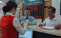 Tái cơ cấu ngân hàng: Êm ả và bão tố
