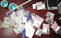 Nổ súng bắt cặp vợ chồng bán ma túy