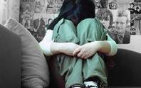 """TP HCM: Tạm giam """"yêu râu xanh"""" nhấn nước hiếp dâm bé gái"""