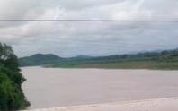 Bỏ xe đạp trên cầu, nam thanh niên nhảy sông Lam tự vẫn