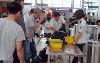 Hành khách say xỉn, đánh nhân viên an ninh hàng không