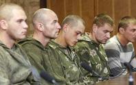 Ukraine trao trả 10 lính dù cho Nga