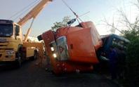 Tai nạn kinh hoàng trên đèo, 2 người chết và nhiều người bị thương