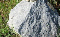 Mỏ đá phá... ruộng dân