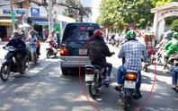 Hiệp sĩ Sài Gòn bị nhóm dàn cảnh cướp giật tấn công